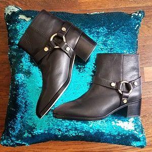 NWT Stuart Weitzman Expert Ankle boots size 8